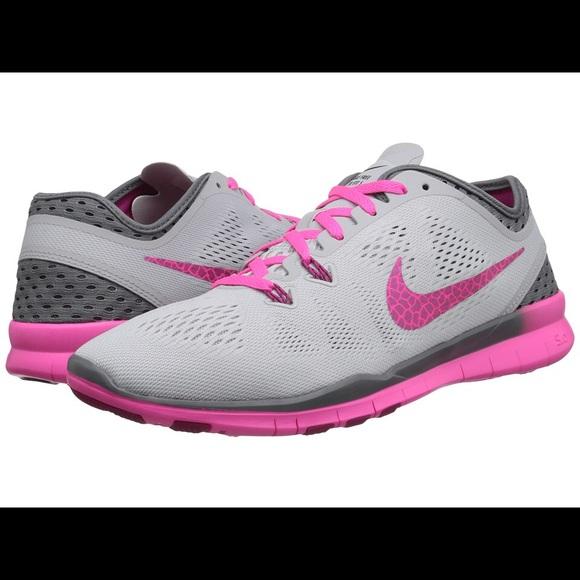 Nike Schuhes Free   Damenschuhe Free Schuhes Tr Fit 5   Poshmark 8a4992